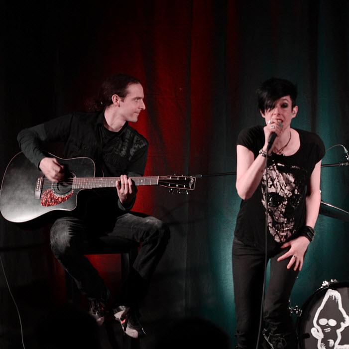 #54 POSH UNPLUGGED – rockig, erdig, melodiös und eine unverkennbare Stimme
