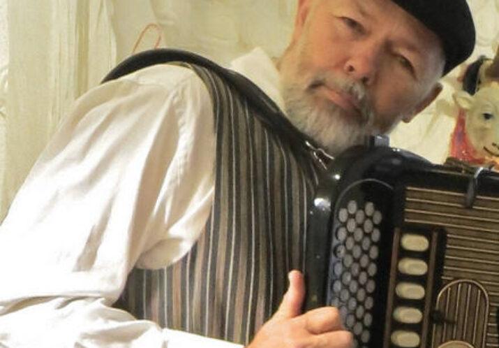 #112 «SIRIUS – NEUES VOM ANDEREN STERN» – Ein musikalisch-kabarettistischer Abend mit ERNST WAESPE, Akkordeonist